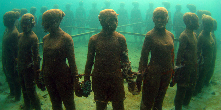 underwater sculpture children st george grenada