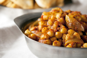 doubles tomato chickpea curry