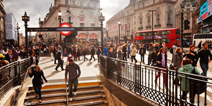 Piccadilly Circus London tube entrance