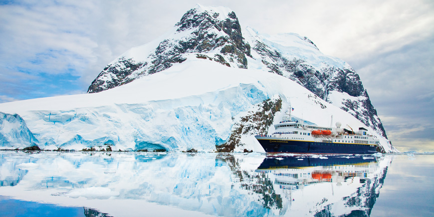 lindblad expeditions cruise line glacier bay