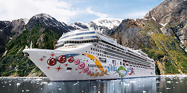 Norwegian Pearl in Alaska