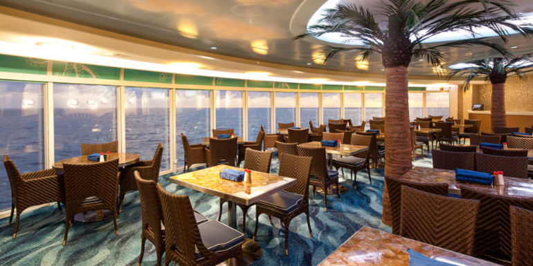 disney dream cabanas restaurant buffet tips