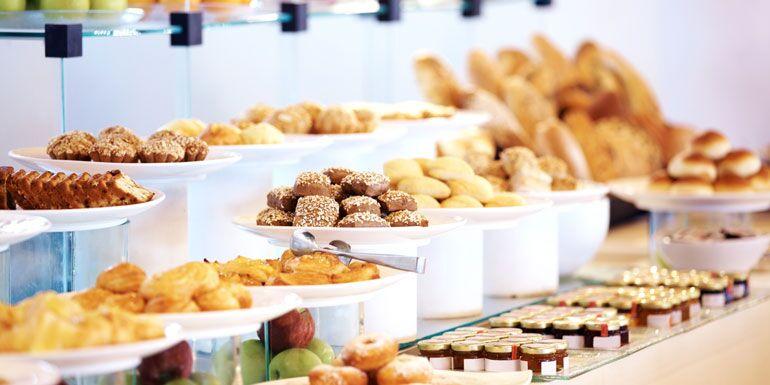 buffet cruise disembark strategy take time