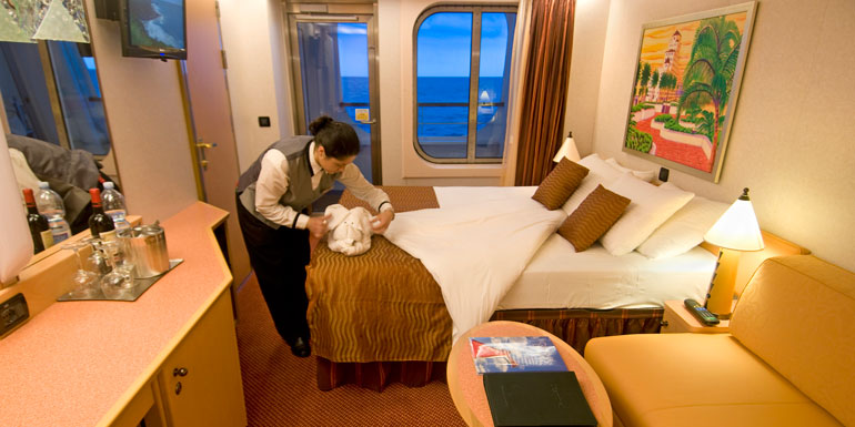 towel animal cruise ship cabin