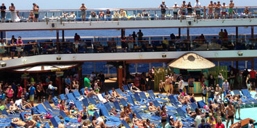 6 Ways to Avoid Cruise Ship Crowds