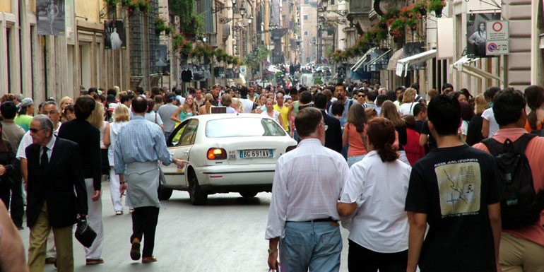 rome crowds