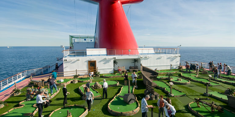 mini golf carnival dream