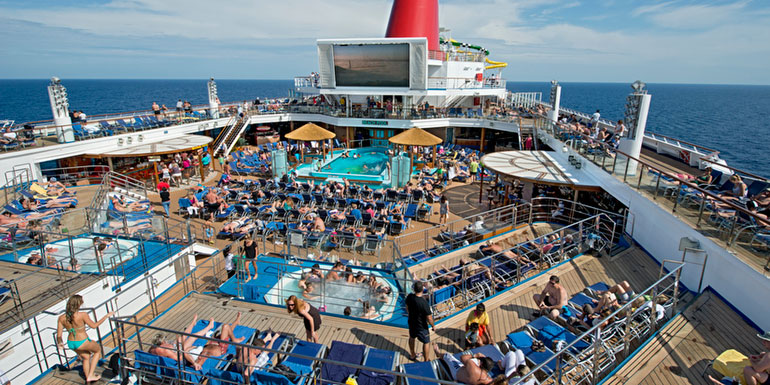carnival lido deck crowded