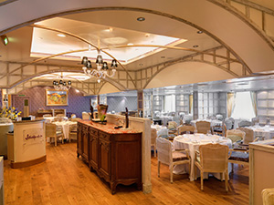 oceania marina Jacques restaurant