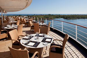 silver spirit outdoor dining cruise ship