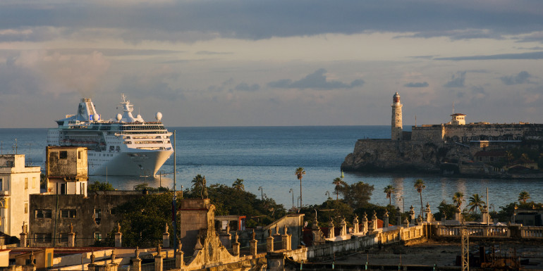 royal caribbean empress seas cuba cruise